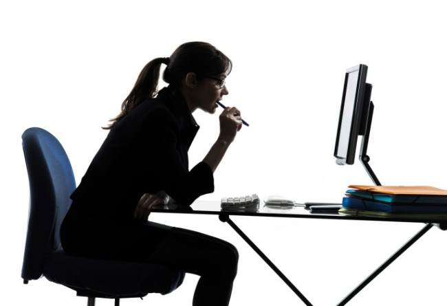 4 Things to Do to Prevent Desk-Sitter's Hunchback