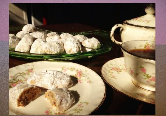 cocoon cookies, cookie recipes, cookie recipe, cookies, holiday recipes, grandmother, family history, midlife, midlife women, featured