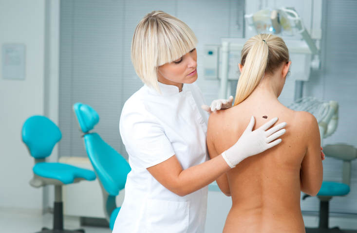 skin cancer, basal cell carcinoma, dermatologist, scar, biopsy, risk factors for skin cancer, midlife, midlife women, featured