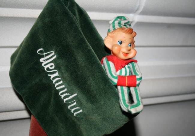 elf on an shelf, holiday traditions, christmas, christmas traditions, family celebrations, midlife, midlife women, featured