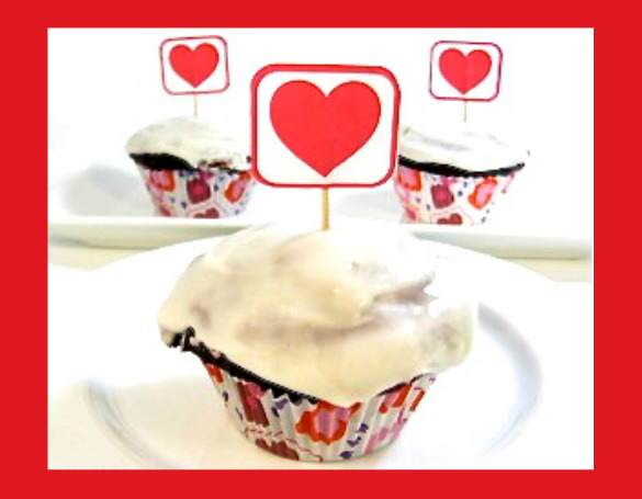 Unbelievable Skinny Red Velvet Cupcakes for Your Valentine ...
