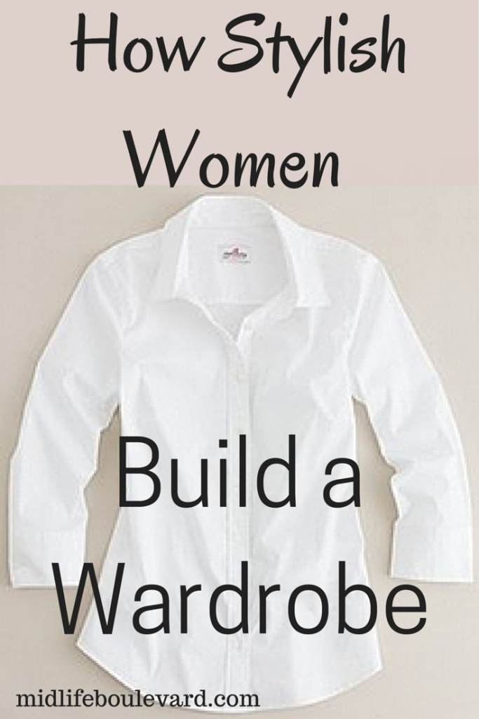 How Stylish Women Build a Wardrobe