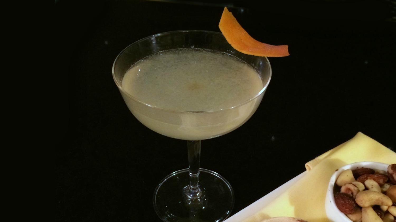 Queen Bee's Knees Cocktail