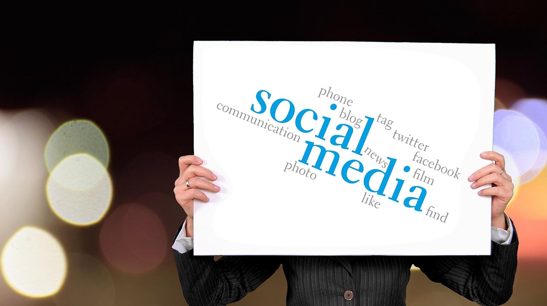 Social Media Updates: Twitter and Instagram