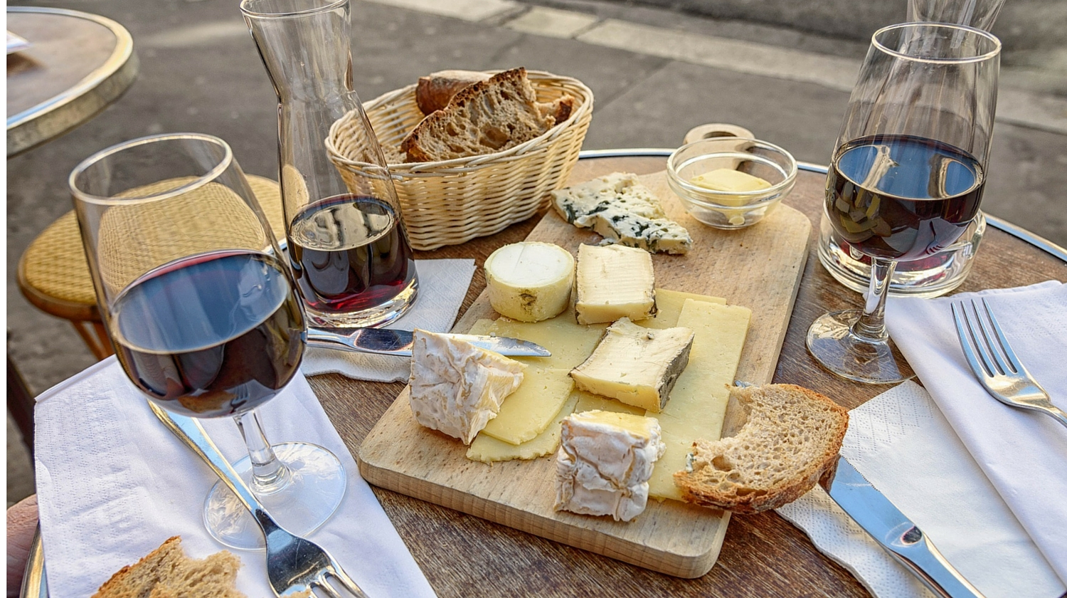 Easy Entertaining With Cheese and Wine