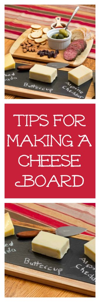 holiday cheese board, holiday party dish, appetizer recipe, cheese recipe, Christmas entertaining